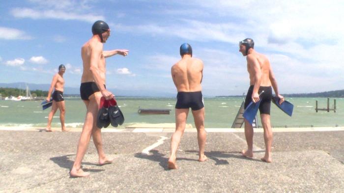 schwimmer final 2.mov.Still001